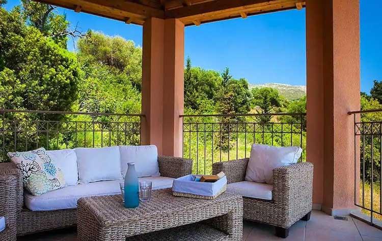 Master Bedroom Private Raised Terrace